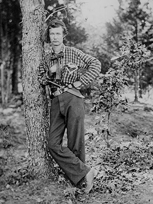Private E. E. Kingin, 4th MI Infantry. Image taken late in 1861.  Photo from the National Archives.