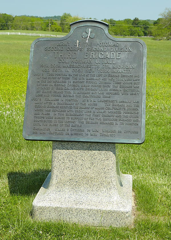 Marker relating the work of Hall's Brigade at the Battle of Gettysburg. Image ©2015 Look Around You Ventures.