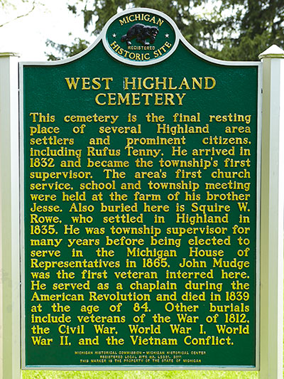 One side of the West Highland Cemetery state historical marker. Image ©2014 Look Around You Venture, LLC.